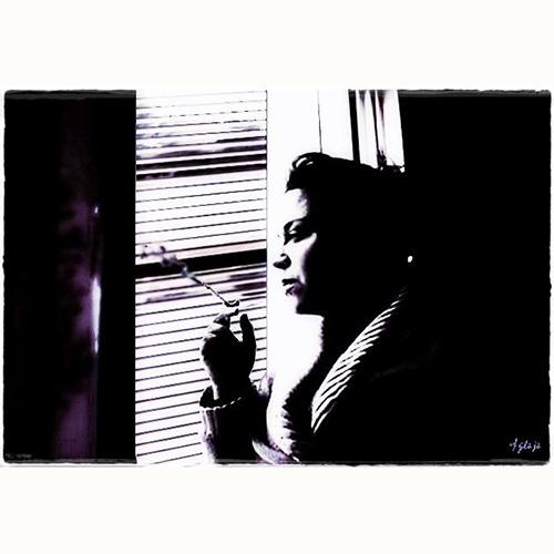 Sigaretta alla finestra