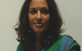 Tishani Doshi in uno scatto di Anna Toscano