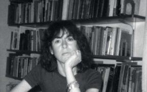 Una immagine della poetessa Louise Elizabeth Glück