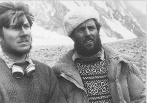 Con Erich Abram al campo base dopo la salita del K2